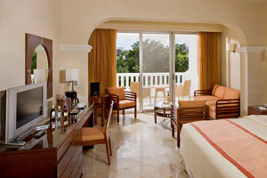 Junior Suite Deluxe at Grand Sunset Princess All Suites & Spa Resort
